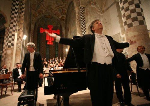 Fantasia Coral Beethoven - Missa da Coroação de Mozart - Alba Music Festival - Itália